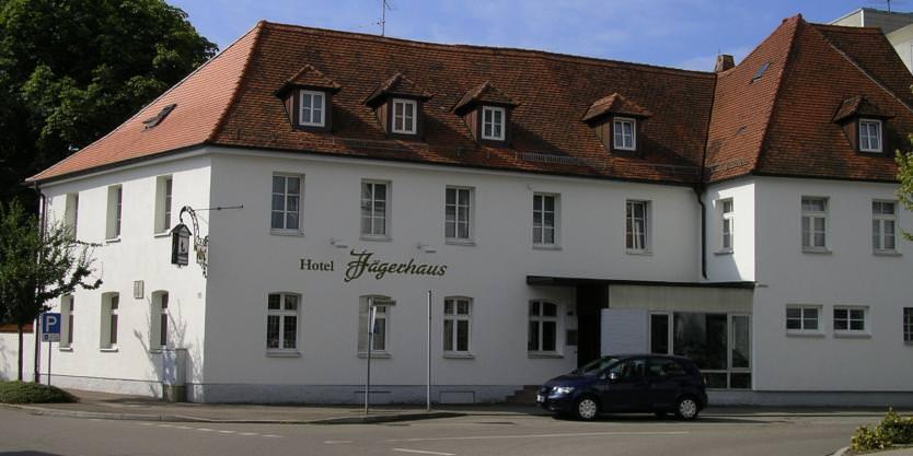 & Restaurant Jägerhaus, Pension in Langenau bei Elchingen