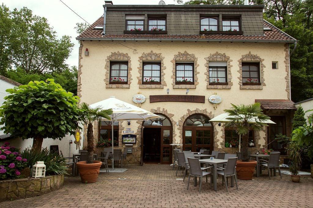 Zur Klause, Pension in Saarbrücken-Alt-Saarbrücken bei St. Ingbert