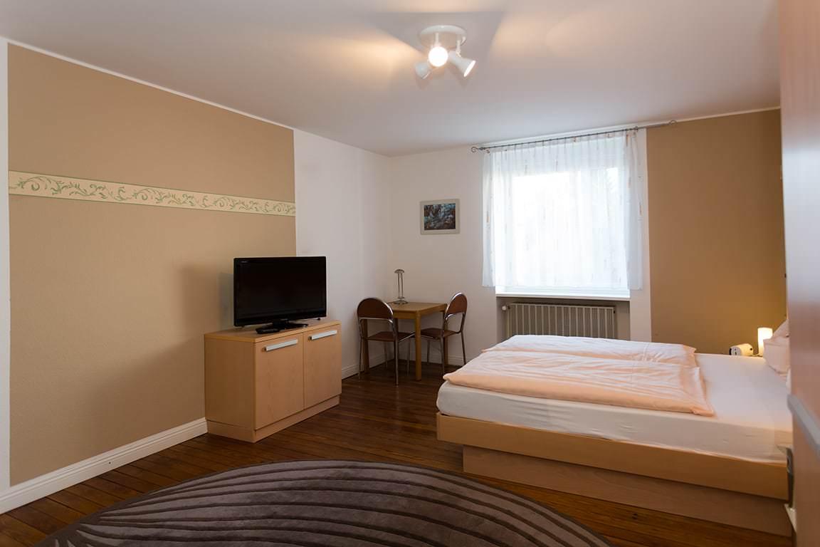 Hotel Garni Hotel und Appartements Zum Dom, Hotel in Kleinblittersdorf bei Saarbrücken