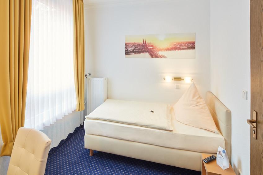 Köln: Hotel Garni Weber
