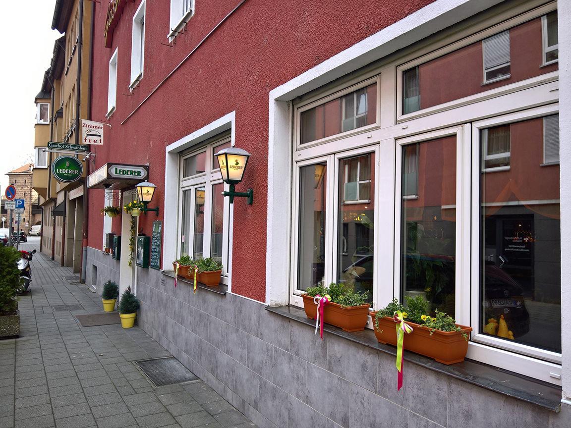 Nürnberg-Lorenz: Gasthof Pension Zum Schwänlein