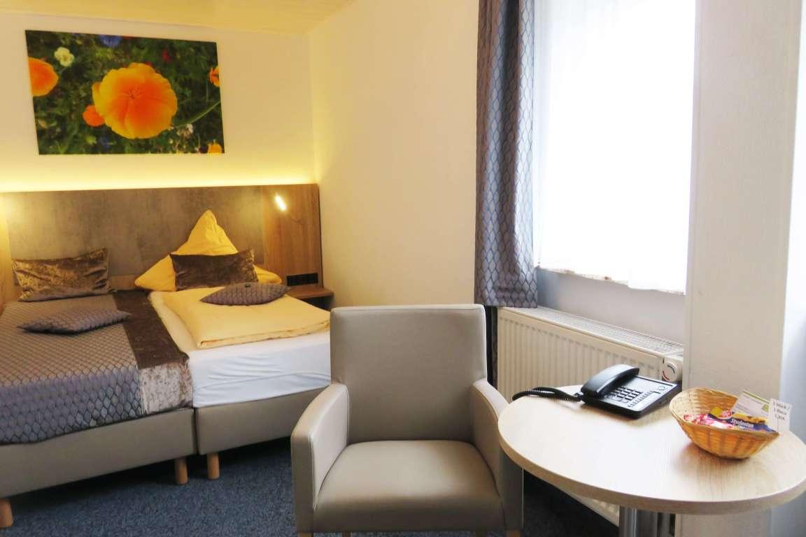 Kassel: Hotel Garni Am Sonnenhang