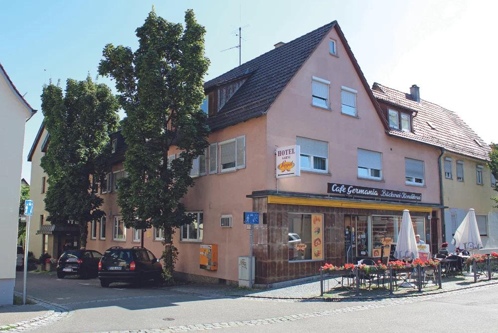 Stuttgart-Zuffenhausen: Hotel Garni Siegel