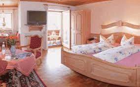Ferienwohnung & Landhaus Anzengruber, Ferienwohnung in Rottach-Egern bei Deisenhofen