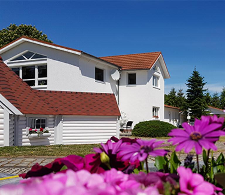 Landhotel Pathes Hof, Pension in Klein Kussewitz-Volkenshagen bei Flughafen Rostock-Laage