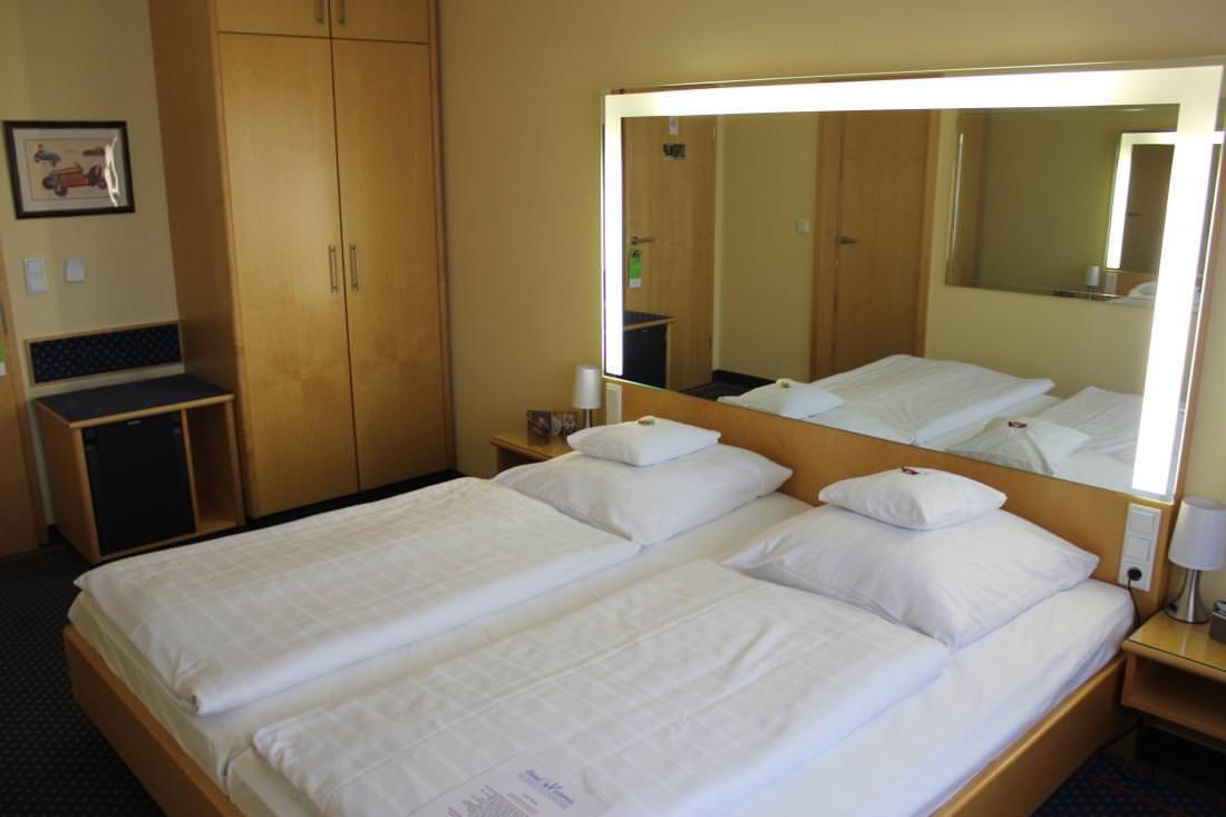 Hotel & Restaurant Victoria, Hotel in Hövelhof bei Detmold