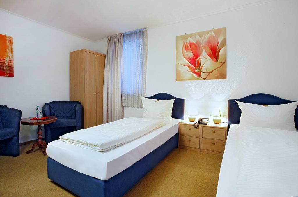 Kassel: Hotel & Restaurant Celina