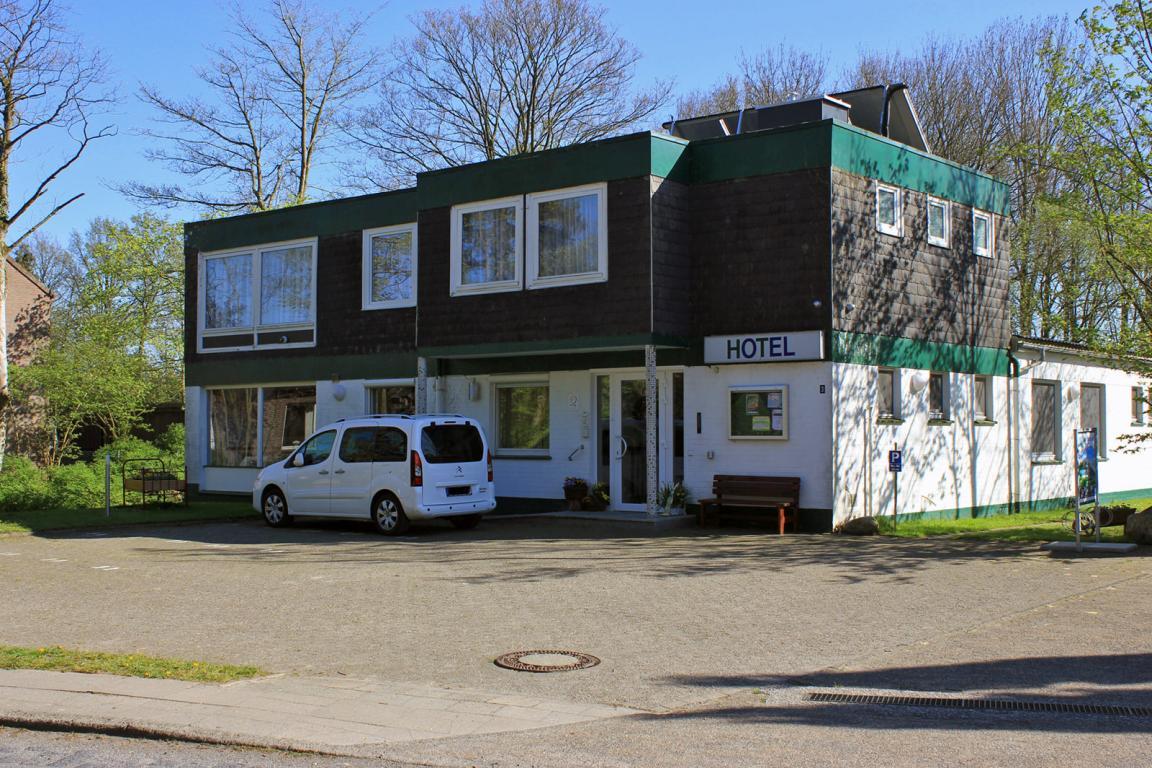 Neuhaus: Kleines Parkhotel