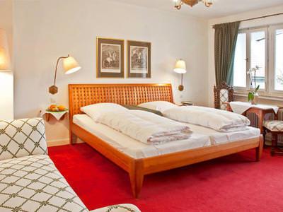 Neuburg: Hotel & Restaurant Kirchbauer Hof