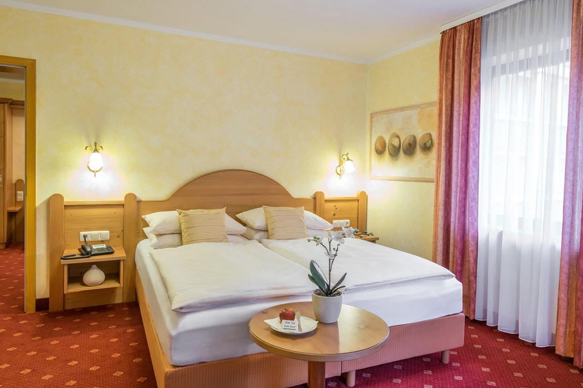 Hotel & Restaurant Holl  in Schongau