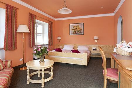 Hotel & Gasthof-Metzgerei Keindl, Hotel in Oberaudorf bei Schnaitsee