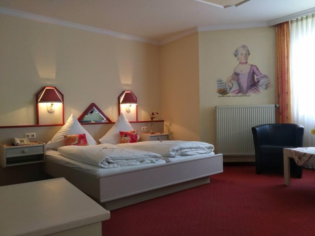 Denkendorf: Hotel Mozartstuben