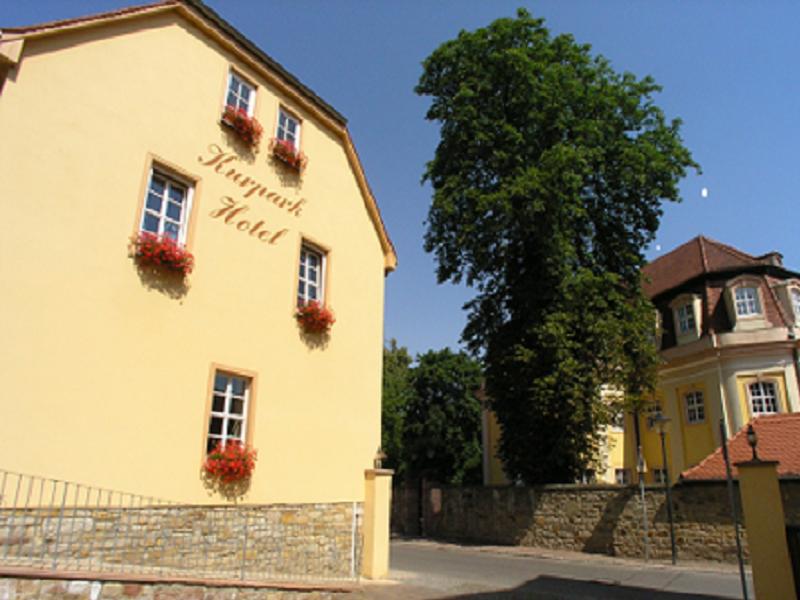 Kurpark-Hotel, Hotel in Bad Lauchstädt bei Leipzig