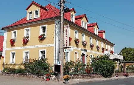 Landhotel Försters Stammlokal, Pension in Coswig