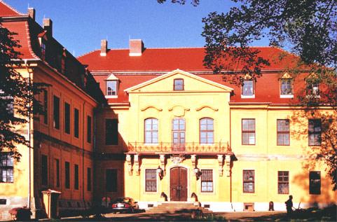 Querfurt: Pension Schloss Lodersleben