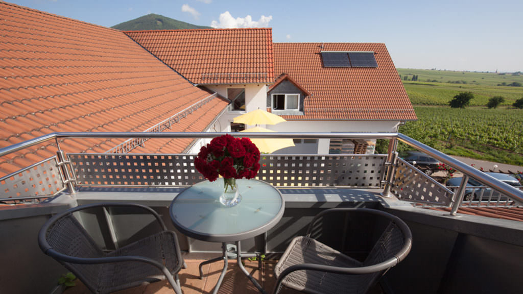 Weinhotel Am Schlossberg, Pension in Burrweiler bei Bann Pfalz