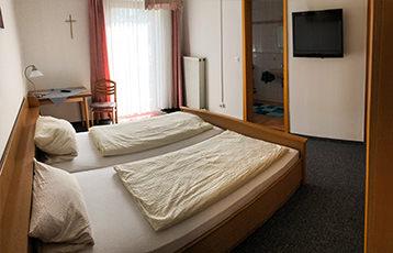 Gasthof zur Auszeit, Pension in Traunwalchen bei Trostberg