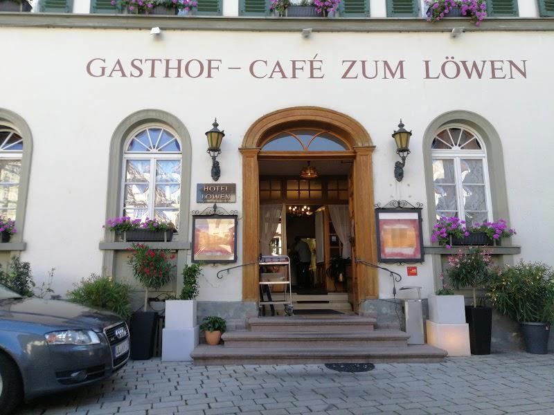 Blaubeuren: Hotel & Restaurant-Café Zum Löwen***