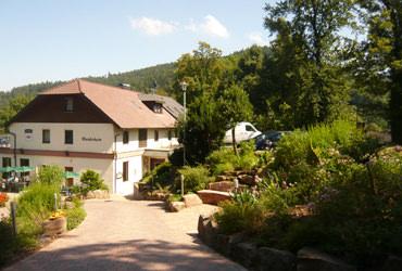 Neuenbürg: Hotel Wanderheim Am Schloßberg