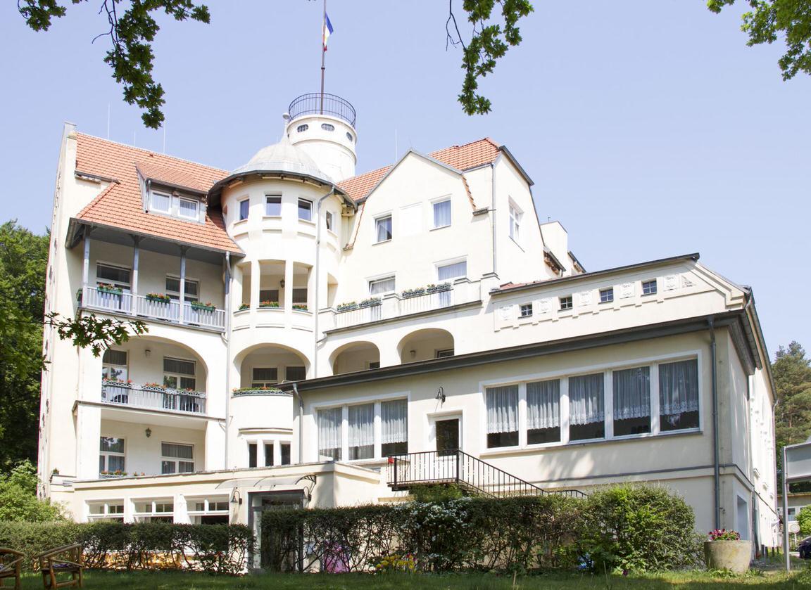 Koserow: Hotel Waldschloß Parow