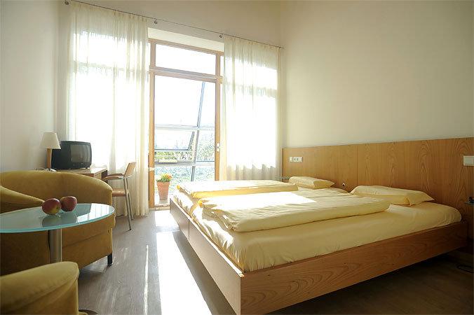 Seminar- und Kongresshotel Kapuzinerhof, Hotel in Laufen bei Schnaitsee