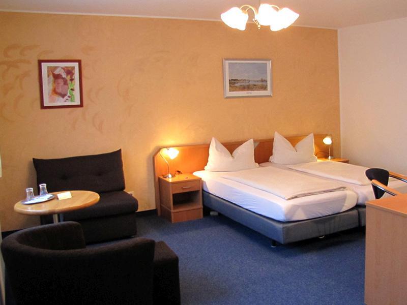 Hotel Am Weyerhof, Hotel in Kerpen bei Aachen