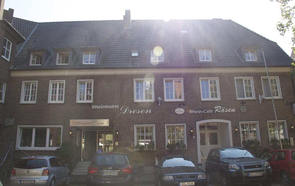 Rees: Hotel Garni Rheinhotel Dresen