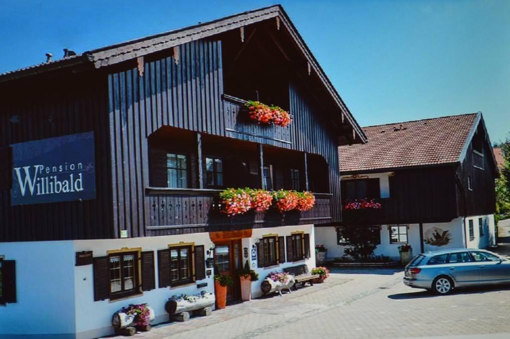 Dietramszell: Pensionen, Zimmer & Hotels ⇒ Unterkünfte ab 25 €