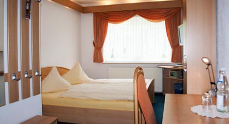 Plauen: Hotel & Restaurant Feustel