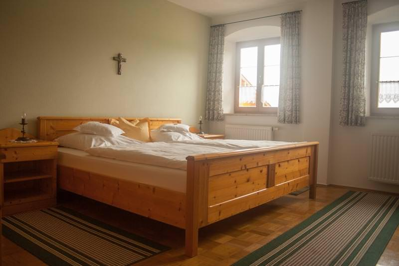 Gasthof & Pension Gartlacher Hof, Pension in Eiselfing