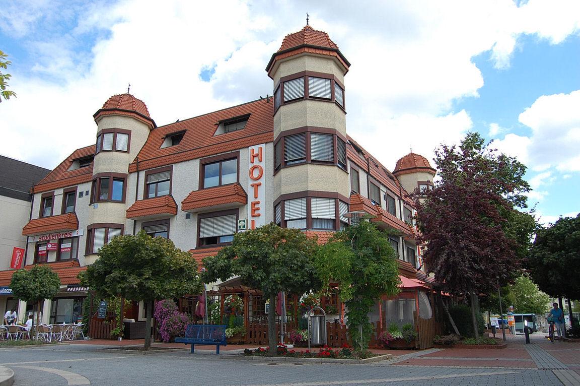 Haßloch: Hotel Pälzer Buwe
