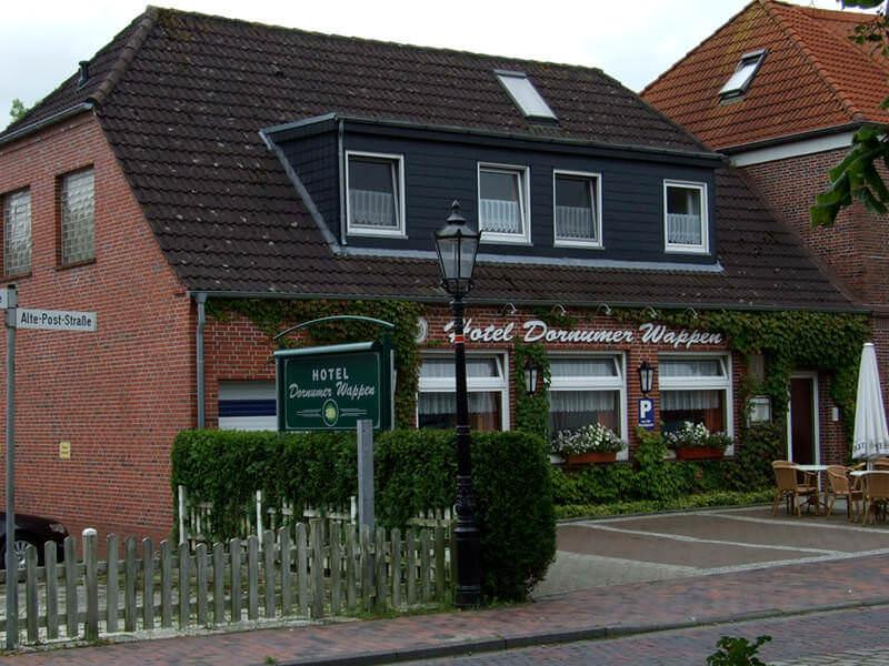 Hotel Garni Dornumer Wappen
