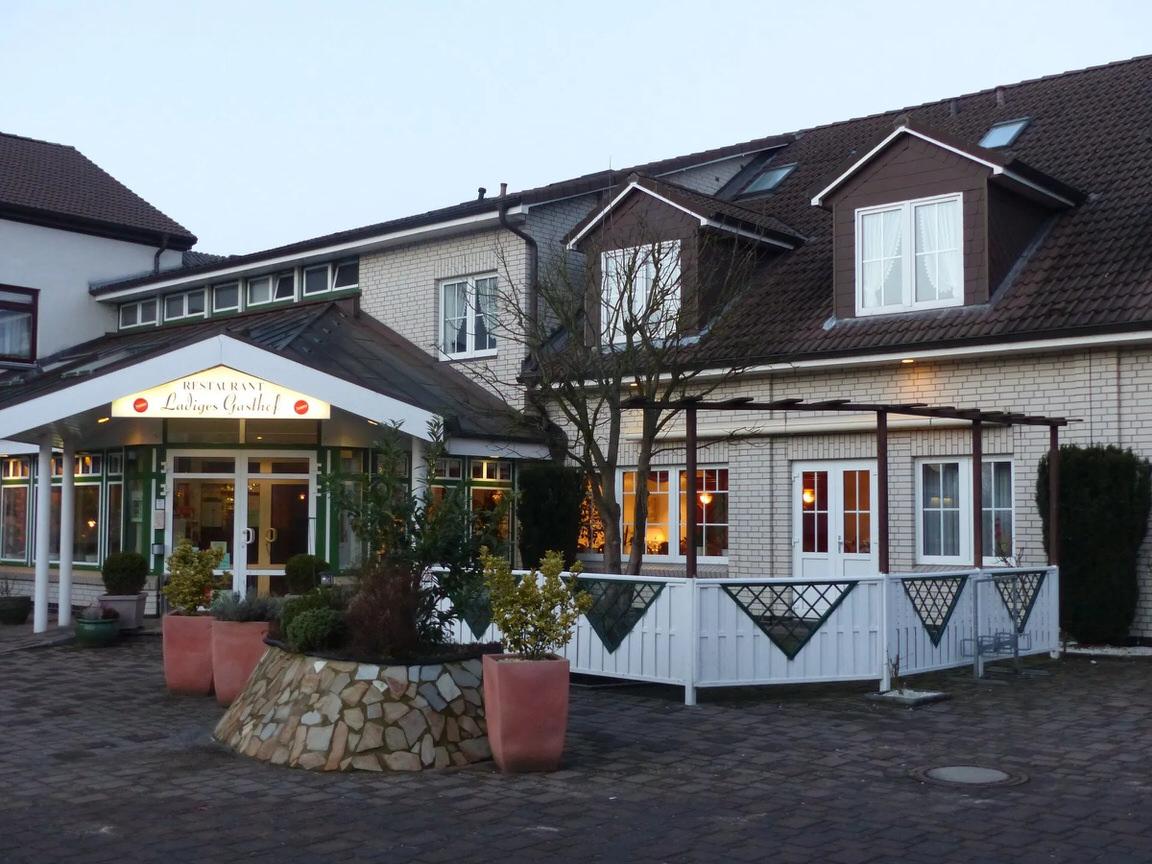 Ladiges Gasthof, Pension in Holm bei Pinneberg