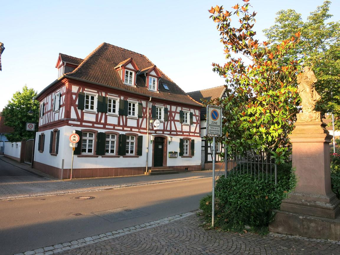 """Herxheim: Pension/Gästehaus Seither """"1728"""""""