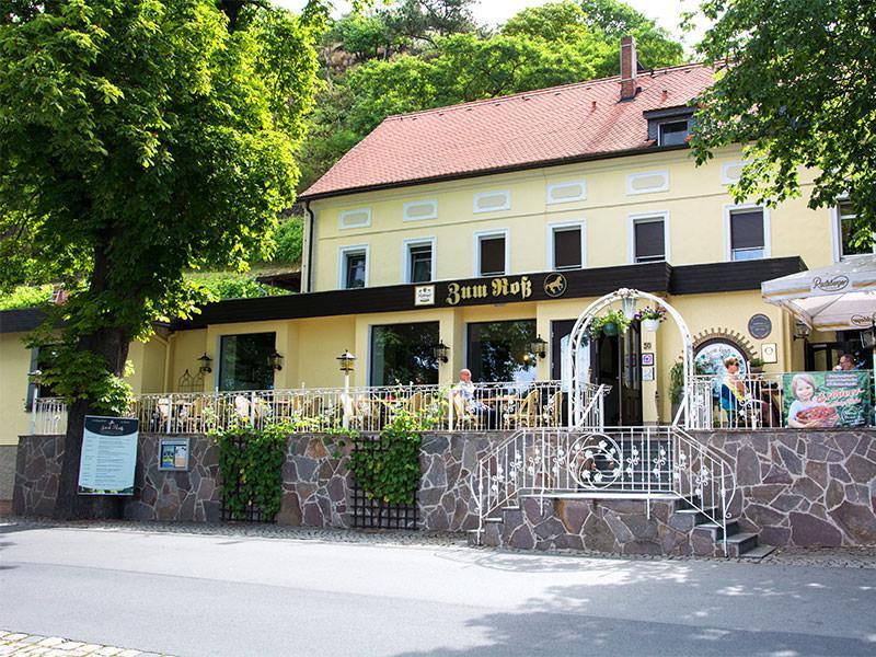 Diesbar-Seußlitz: Hotel Landgasthof Zum Roß