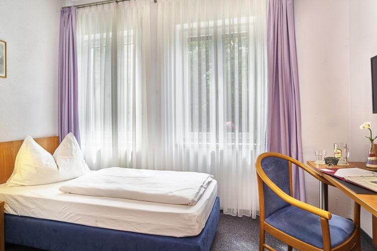Gästehaus Zur Kurve, Pension in Zirndorf bei Stein