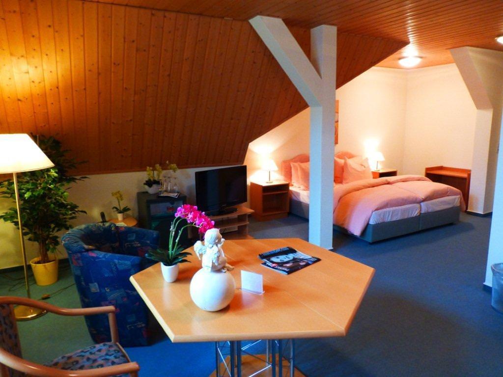 Parkhotel & Resuarant Waldschlösschen, Pension in Annaberg-Buchholz bei Mildenau