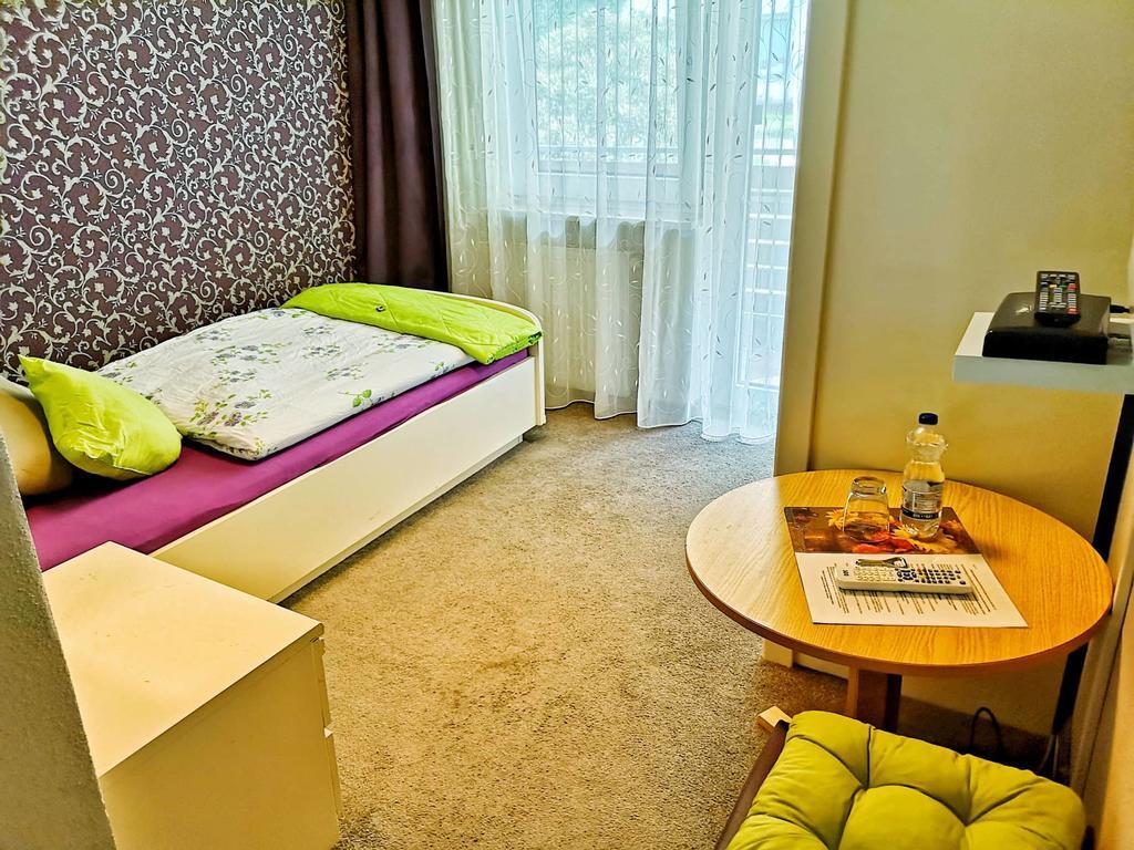 Warmensteinach: Hotel & Pension Waldbaude