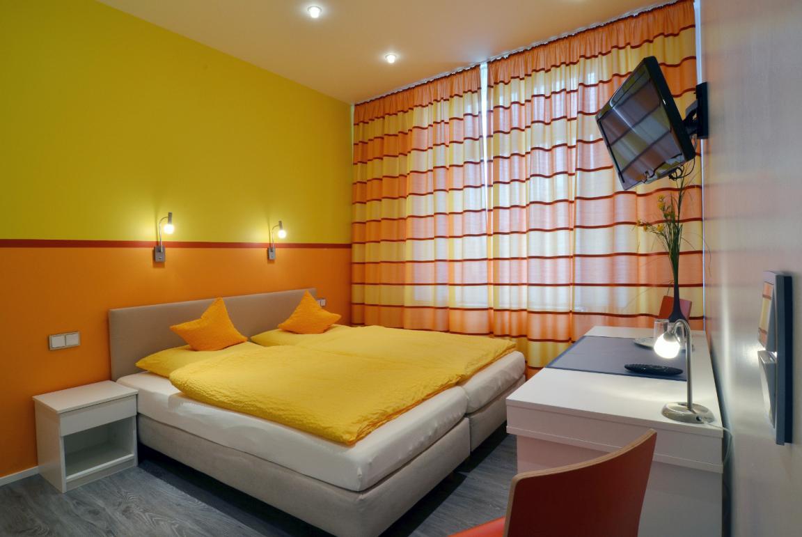 Hotel Am Bahnhof, Hotel in Aachen
