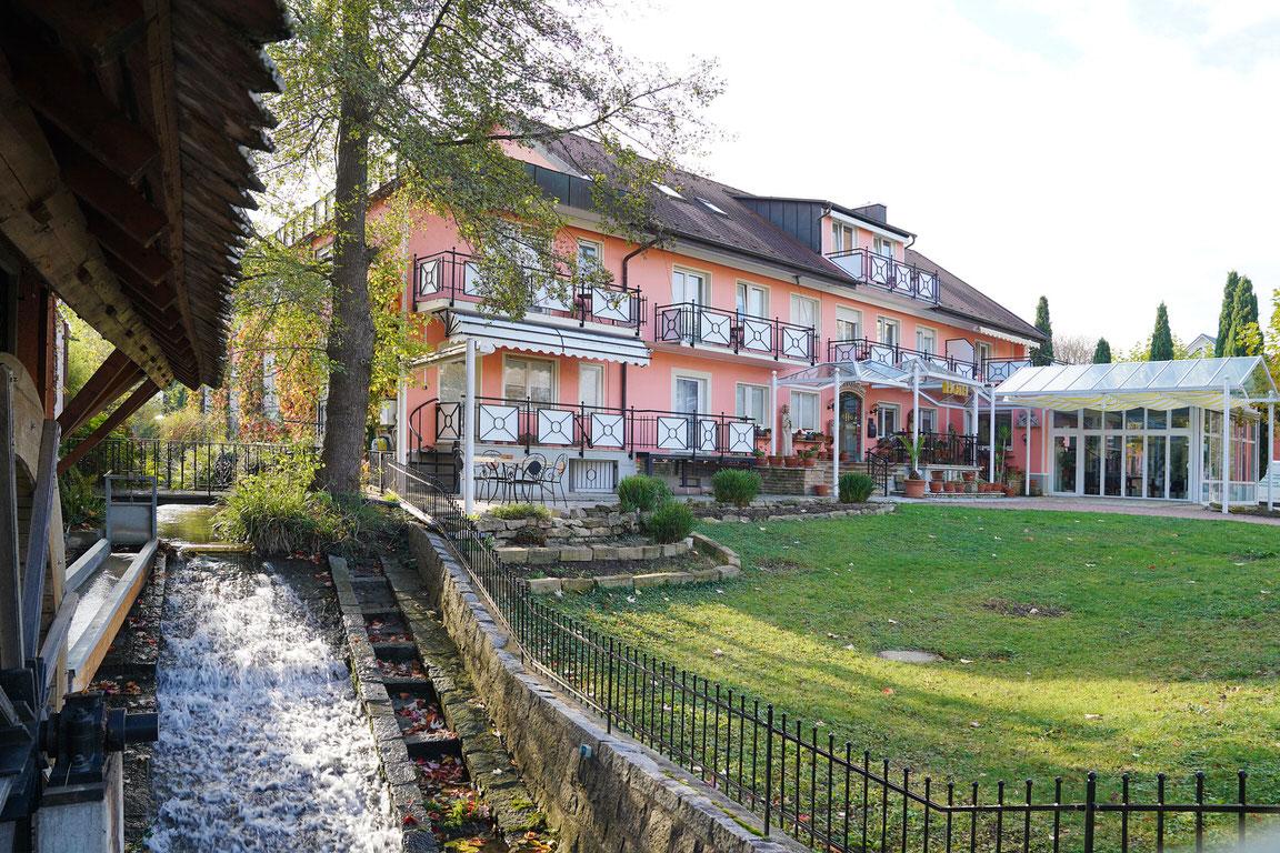 Hotel Garni Hofmann zur Mühle, Hotel in Bad Krozingen bei Freiburg im Breisgau