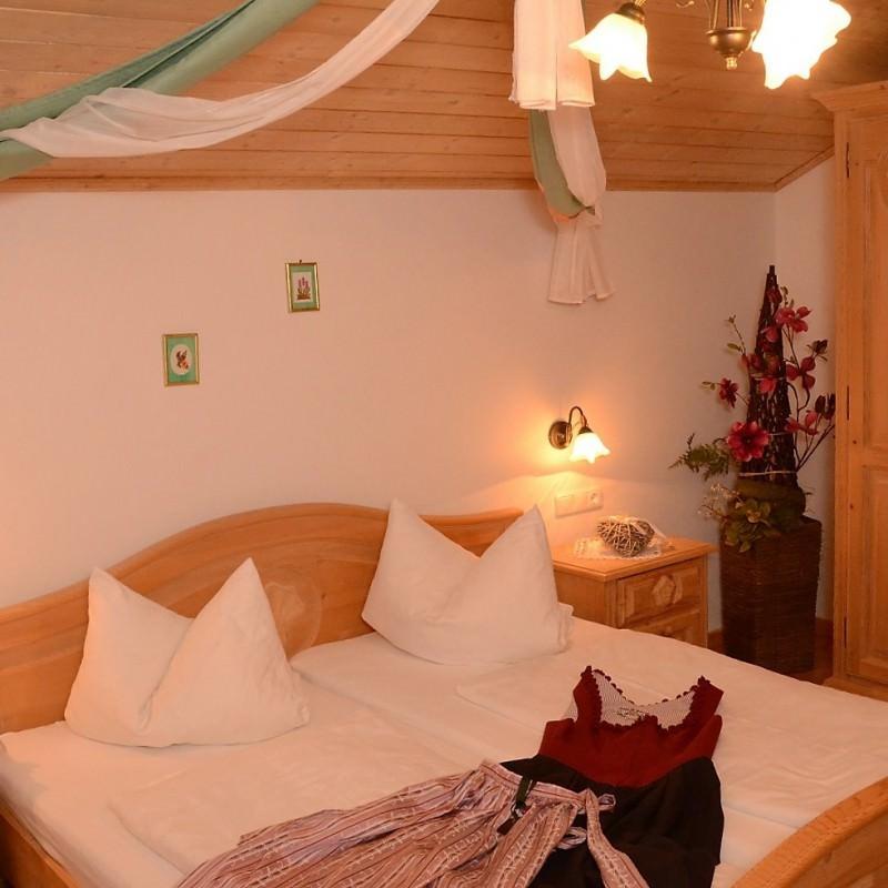 Ferienwohnung Baretzer Hof , Ferienwohnung in Treffelstein bei Haibach