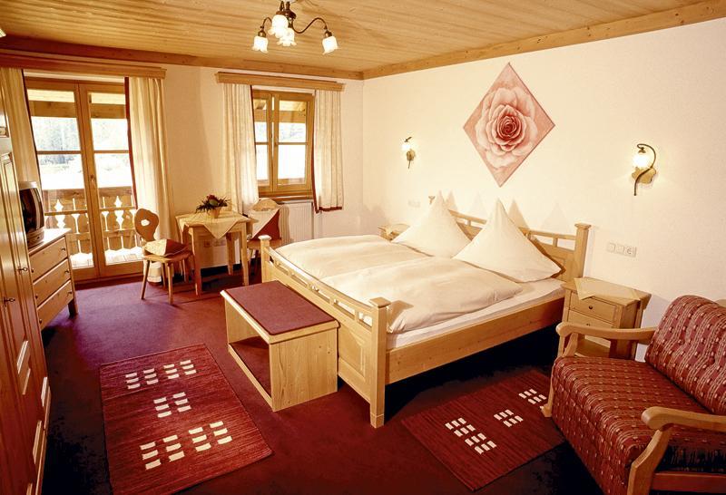 Gästehaus & Gasthaus Holzwirt, Pension in Dietramszell bei Sauerlach