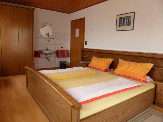 Pension Haus Röhrig, Monteurzimmer in Kiedrich bei Wiesbaden