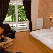 Osann-Monzel: Hotel & Restaurant-Cafe Rosenberg