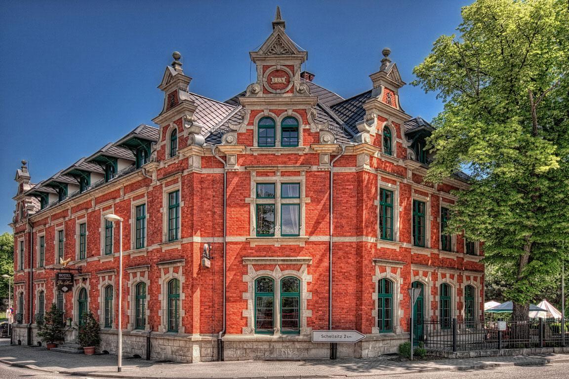 Hotel Zur Henne, Hotel in Naumburg bei Braunsbedra