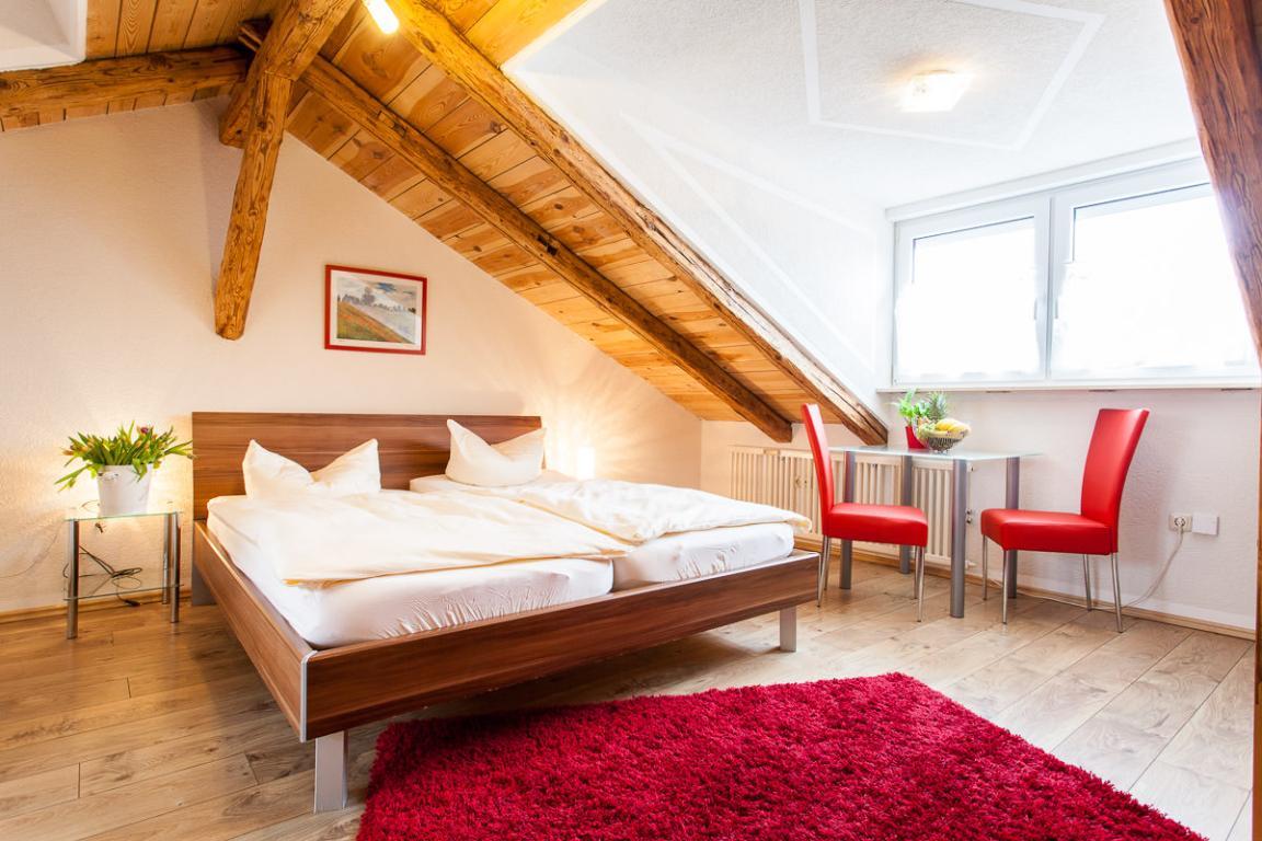 Stein: Hotel zum Rednitzgrund -Garni-