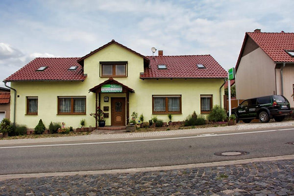Pension Haus Germania, Pension in Erfurt-Dittelstedt bei Flughafen Erfurt-Weimar
