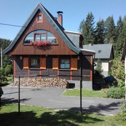 Ferienwohnung-Ferienhaus Zum Waldhaus, Ferienwohnung in Auerbach bei Amtsberg