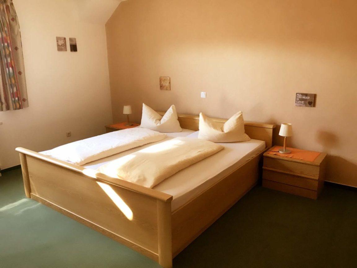 Hotel Schlosshof in Rheinhessen, Hotel in Dolgesheim bei Alzey