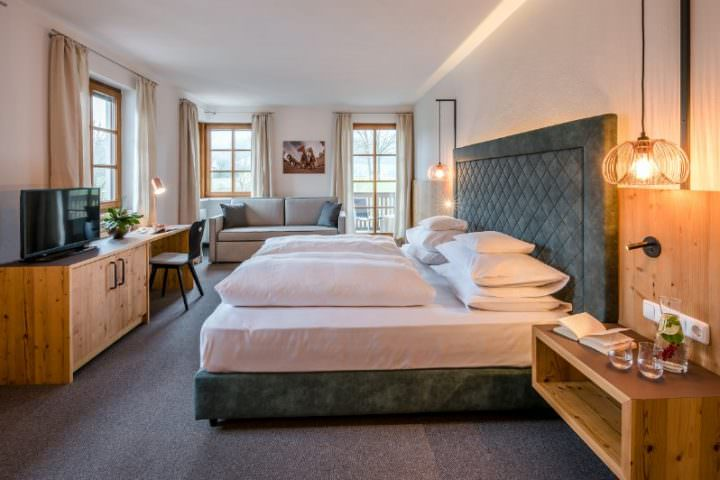 Gästehaus-Landhaus Tanner, Monteurzimmer in Waging am See bei Trostberg